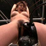 ドリルバイブを締め上げる拘束アクメの女